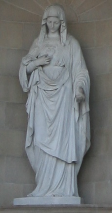Statue of the Immaculate Heart of Mary